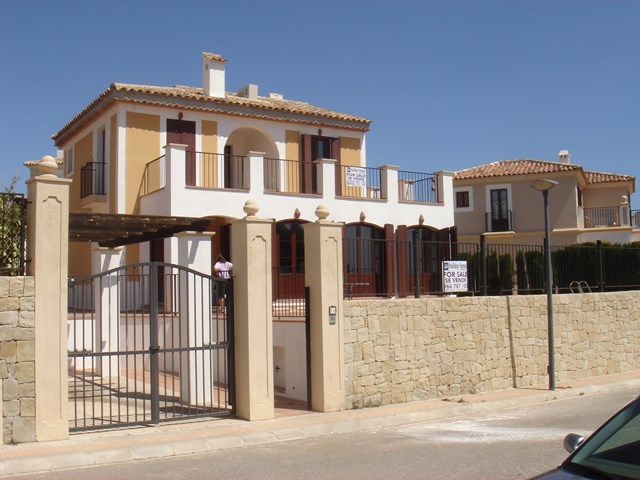 Resale - Detached Villa - Finestrat - Urban location