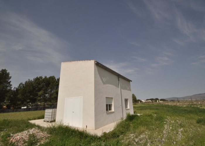Resale - country house - Villena - Rural location
